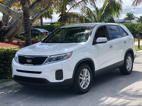 2014 Kia Sorento for sale at L G AUTO SALES in Boynton Beach FL