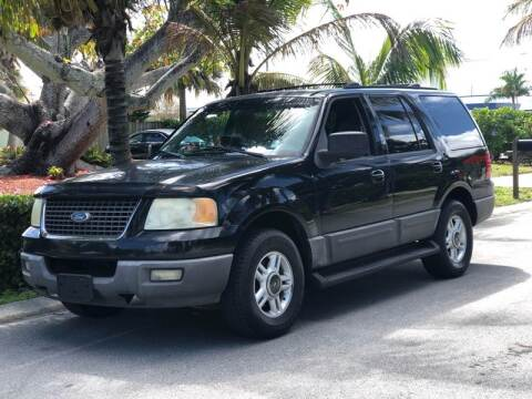 2003 Ford Expedition for sale at L G AUTO SALES in Boynton Beach FL