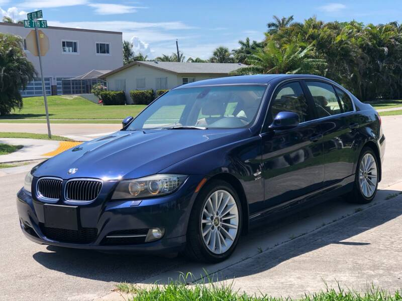 2011 BMW 3 Series for sale at L G AUTO SALES in Boynton Beach FL