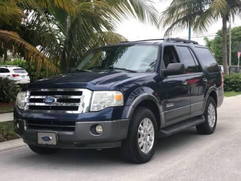 2007 Ford Expedition for sale at L G AUTO SALES in Boynton Beach FL