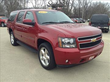 2013 Chevrolet Suburban for sale at Stephen Motors in Monticello IA
