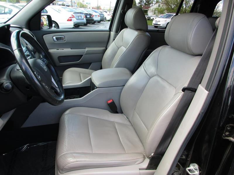 2011 Honda Pilot for sale at TRI CITY AUTO SALES LLC in Menasha WI
