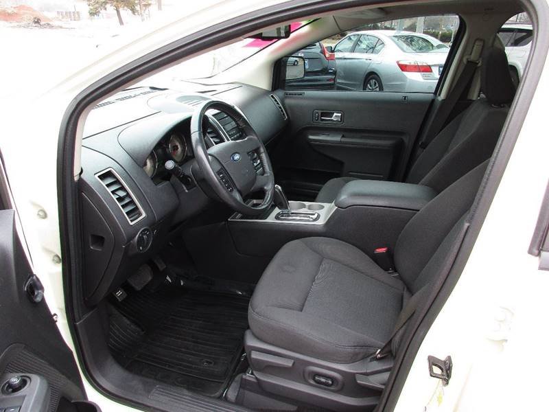 2007 Ford Edge for sale at TRI CITY AUTO SALES LLC in Menasha WI