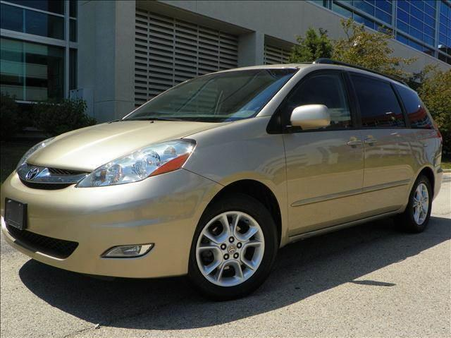 2006 Toyota Sienna for sale at VK Auto Imports in Wheeling IL