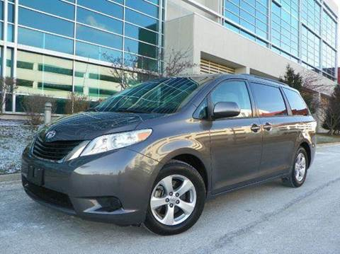 2013 Toyota Sienna for sale at VK Auto Imports in Wheeling IL