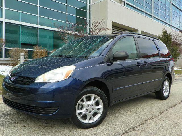 2005 Toyota Sienna for sale at VK Auto Imports in Wheeling IL