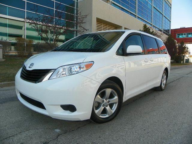 2014 Toyota Sienna for sale at VK Auto Imports in Wheeling IL