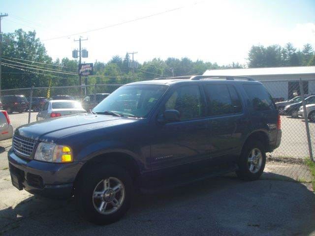 2004 Ford Explorer for sale at Manchester Motorsports in Goffstown NH