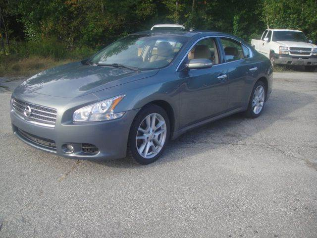 2010 Nissan Maxima for sale at Manchester Motorsports in Goffstown NH