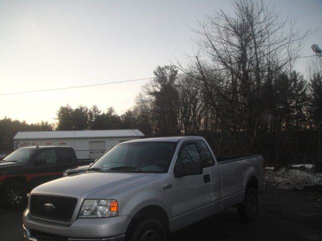 2004 Ford F-150 for sale at Manchester Motorsports in Goffstown NH