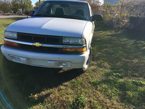 1999 Chevrolet S-10 for sale in Newport, RI