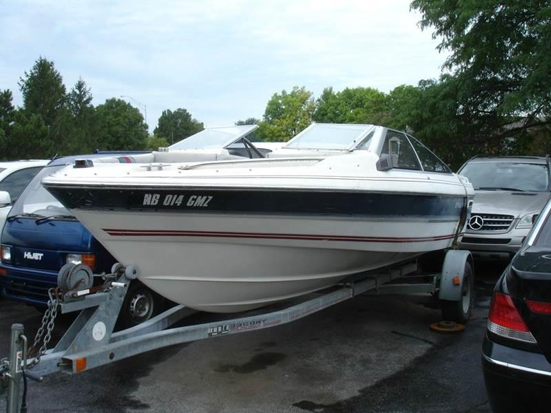 1986 Bayliner Capri for sale at AUTOWORKS OF OMAHA INC in Omaha NE