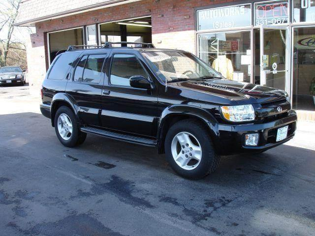 2001 Infiniti QX4 for sale at AUTOWORKS OF OMAHA INC in Omaha NE