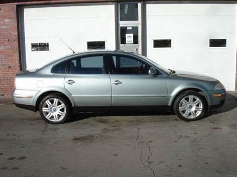 2005 Volkswagen Passat for sale at AUTOWORKS OF OMAHA INC in Omaha NE