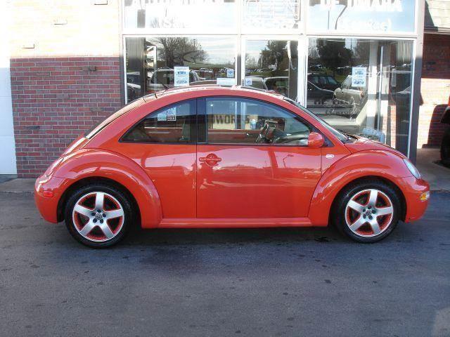 2002 Volkswagen New Beetle for sale at AUTOWORKS OF OMAHA INC in Omaha NE