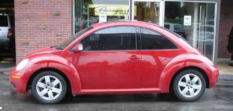 2006 Volkswagen New Beetle for sale at AUTOWORKS OF OMAHA INC in Omaha NE