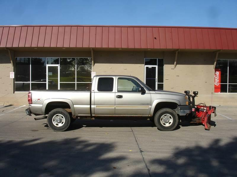 2003 Chevrolet Silverado 2500HD for sale at AUTOWORKS OF OMAHA INC in Omaha NE