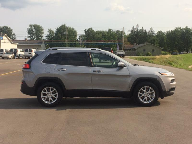 2015 Jeep Cherokee for sale at Custom Car Care in Decatur IN