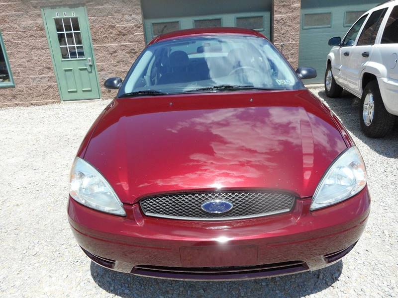 2005 Ford Taurus for sale at Sleepy Hollow Motors in New Eagle PA