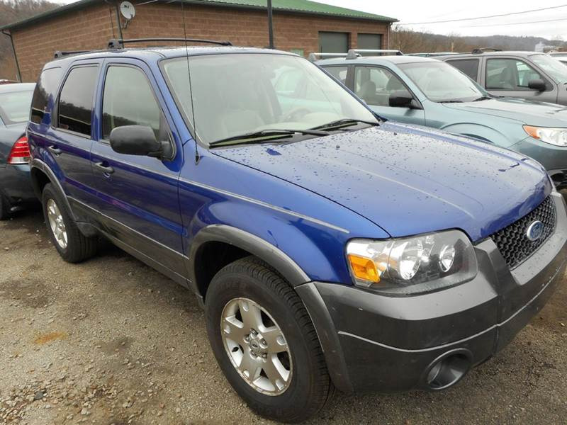 2006 Ford Escape for sale at Sleepy Hollow Motors in New Eagle PA