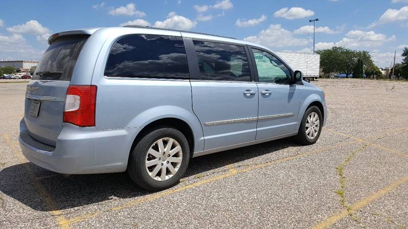 2013 Chrysler Town and Country Touring 4dr Mini-Van - Wisconsin Rapids WI