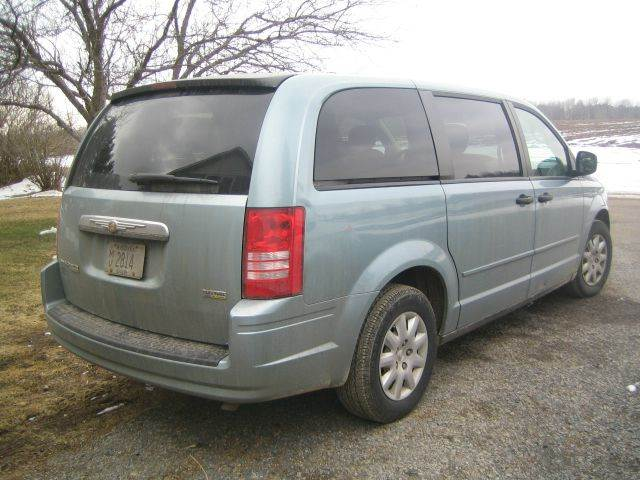 2008 Chrysler Town and Country LX 4dr Mini-Van - Wisconsin Rapids WI