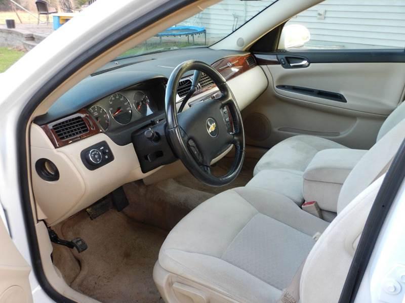 2011 Chevrolet Impala LT Fleet 4dr Sedan w/2FL - Wisconsin Rapids WI