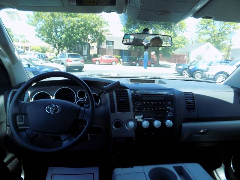 2013 Toyota Tundra 4x4 Grade 4dr Double Cab Pickup SB (4.6L V8) - Manchester NH