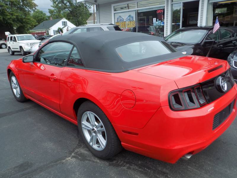 2014 Ford Mustang V6 2dr Convertible - Manchester NH