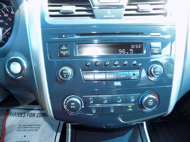 2014 Nissan Altima 2.5 S 4dr Sedan - Manchester NH