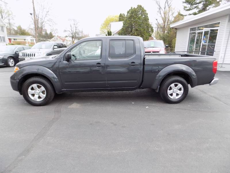 2013 Nissan Frontier 4x4 SV 4dr Crew Cab 6.1 ft. SB Pickup 5A - Manchester NH