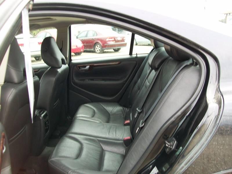 2006 Volvo S60 AWD 2.5T 4dr Sedan - North East PA