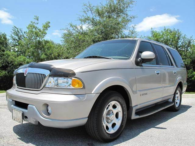 2000 Lincoln Navigator for sale at Auto Marques Inc in Sarasota FL
