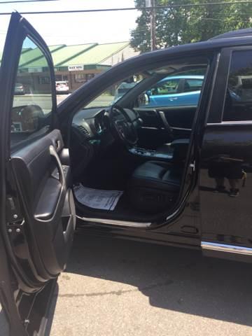 2012 Toyota Highlander AWD SE 4dr SUV - Akron PA