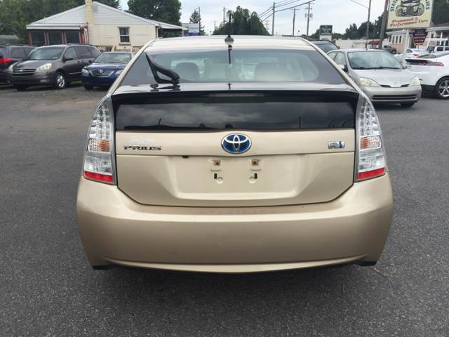 2011 Toyota Prius III 4dr Hatchback - Akron PA