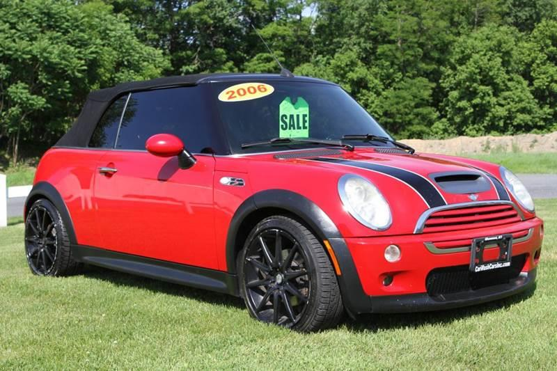 2006 MINI Cooper for sale at Car Wash Cars Inc in Glenmont NY