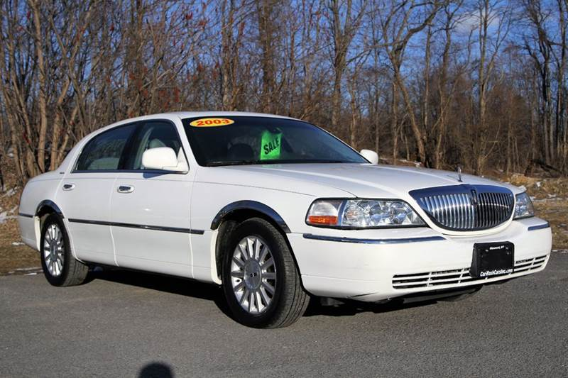 2003 Lincoln Town Car Car Wash Cars Inc