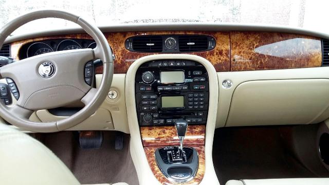 xj jaguarxj autoevolution jaguar cars specs