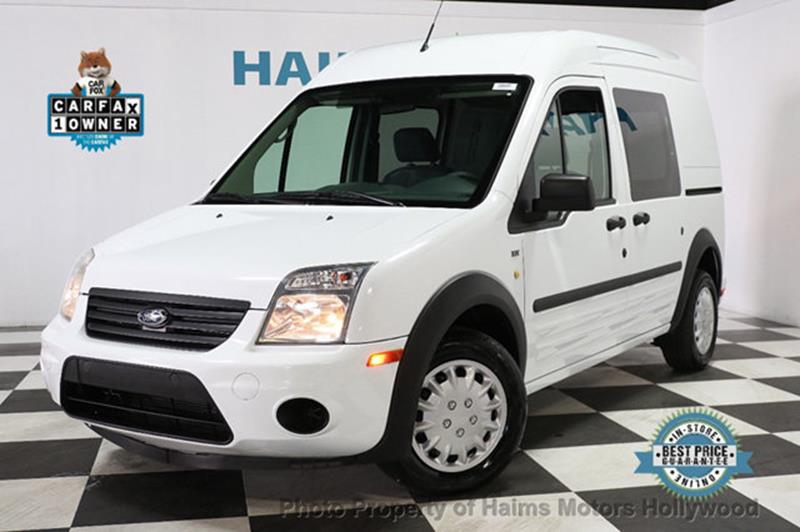 Ford Transit Connect 2013 Cargo Van XLT 4dr Mini w/Side and Rear Glass