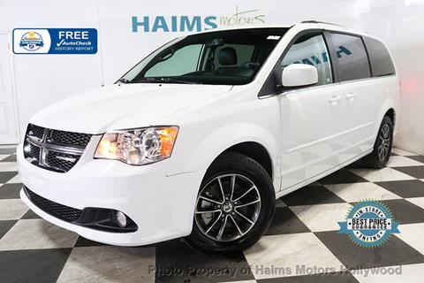 2017 Dodge Grand Caravan for sale in Hollywood, FL