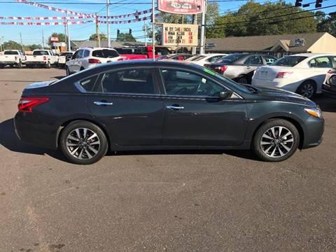 2017 Nissan Altima for sale in Haleyville, AL