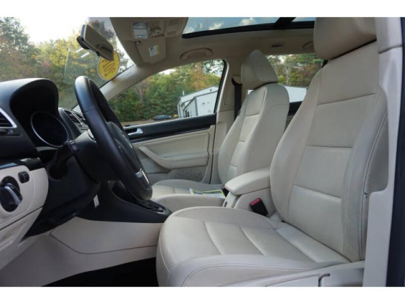 2014 Volkswagen Jetta SportWagen SE PZEV - South Berwick ME