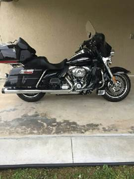 2011 Harley-Davidson Ultra Classic Electra Glide for sale at R & R AUTO SALES in Poughkeepsie NY