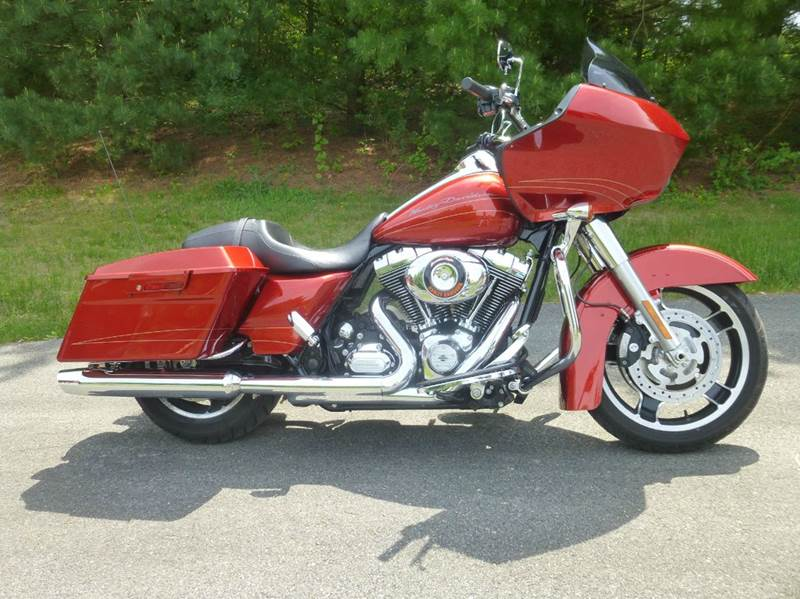 2013 Harley-Davidson Road Glide for sale at R & R AUTO SALES in Poughkeepsie NY