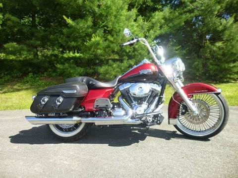 2013 Harley-Davidson Road King for sale at R & R AUTO SALES in Poughkeepsie NY