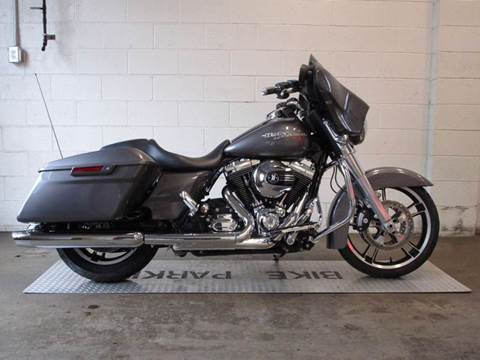 2014 Harley-Davidson Street Glide for sale at R & R AUTO SALES in Poughkeepsie NY