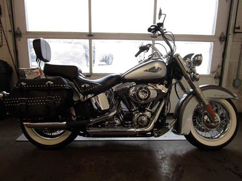 2014 Harley-Davidson Heritage Softail Classic for sale at R & R AUTO SALES in Poughkeepsie NY