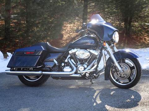 2012 Harley-Davidson Street Glide for sale at R & R AUTO SALES in Poughkeepsie NY