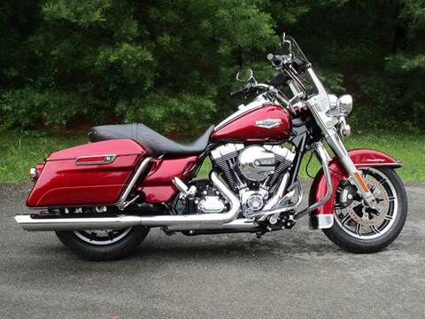 2016 Harley-Davidson Road King for sale at R & R AUTO SALES in Poughkeepsie NY