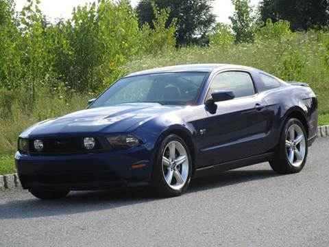 2010 Ford Mustang for sale at R & R AUTO SALES in Poughkeepsie NY
